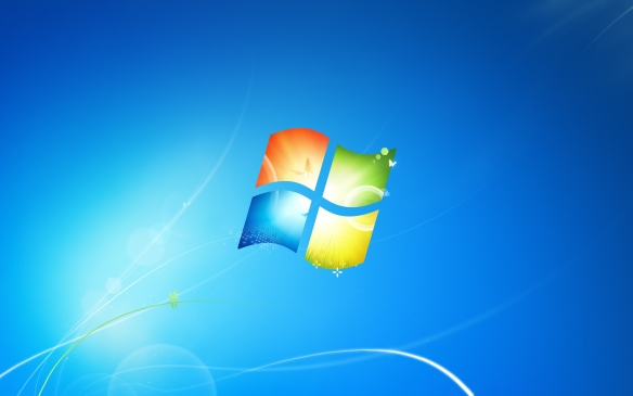 Wer nicht auf die Kacheloptik von Windows 8 steht sollte sich Windows 7 holen.