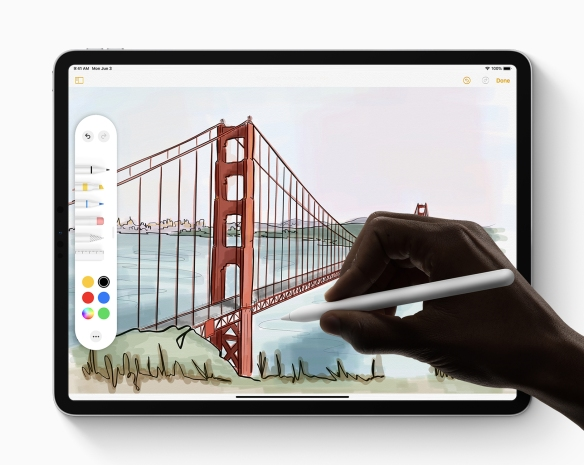 Apple_iPadOS_Apple-Pencil_060319.jpg